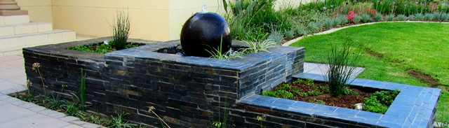 Waterfeature and Planterbox